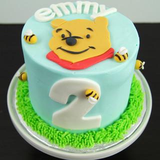 Pooh Bear Smash Cake.JPG