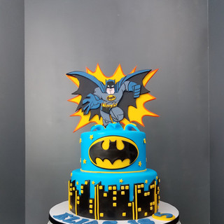 Batman Skyline Tiered Cake.jpg