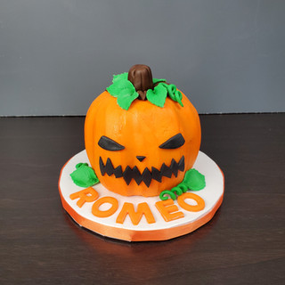 Pumpkin Smash Cake.jpg