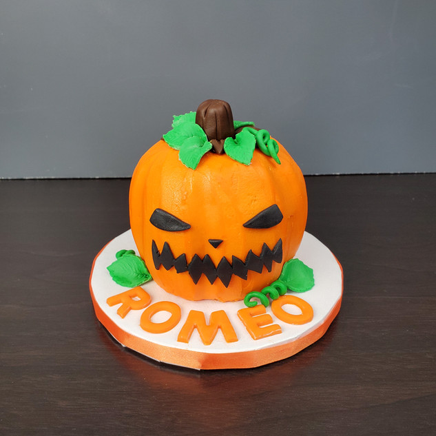 Pumpkin Smash Cake.jpg