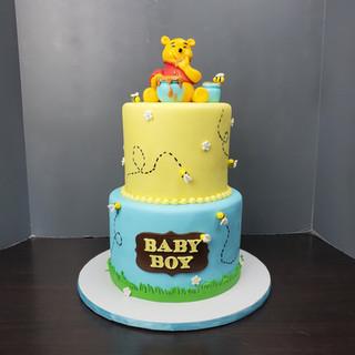 Pooh Bear_Huny Pot Cake.jpg