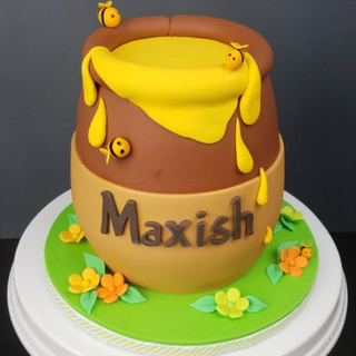 Hunny Pot (larger smash cake)