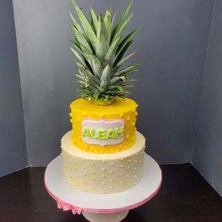 Pineapple_Luau Cake.jpg