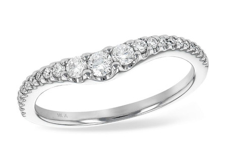 King's Jewelry: Extensive Selection, Creative Customizations