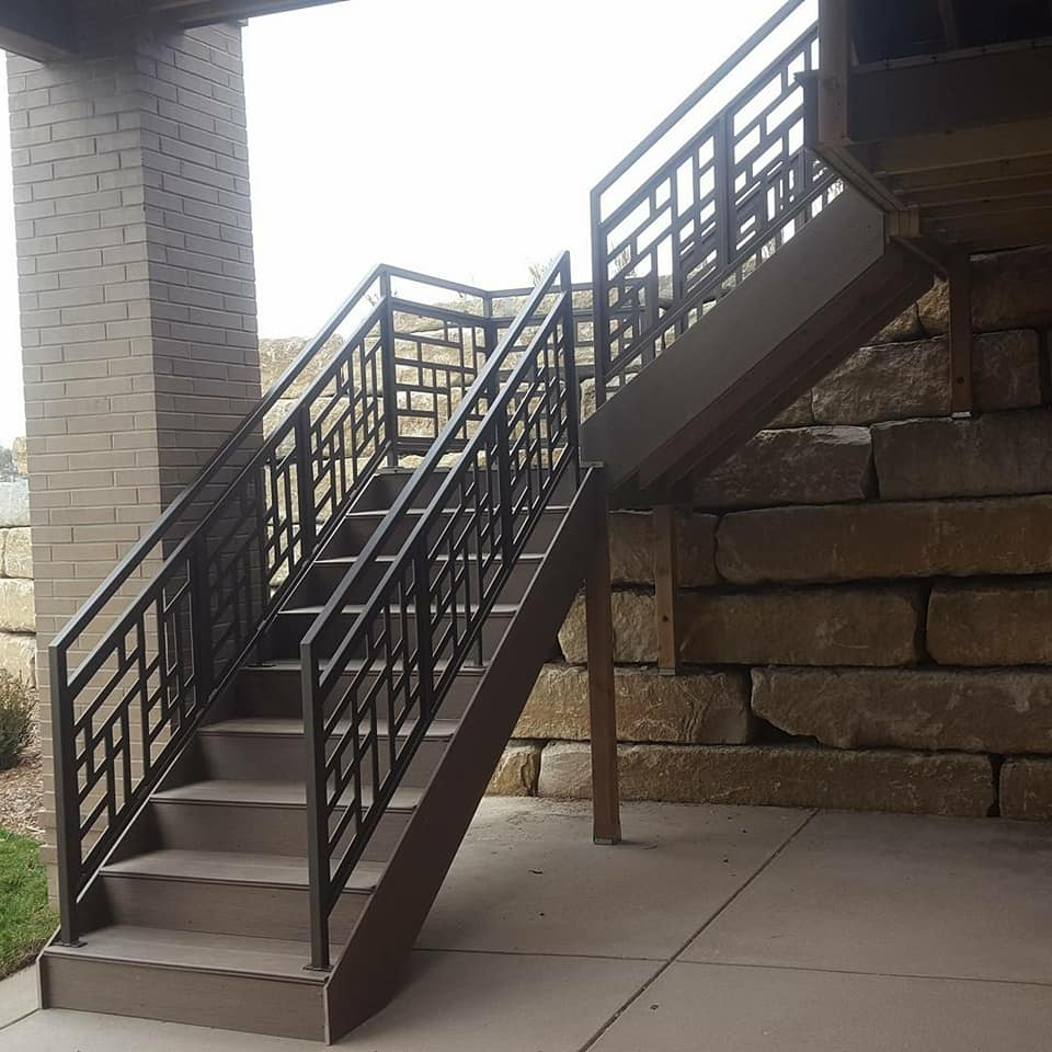 powder_coated_outdoor_railing