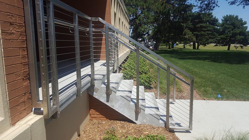 stainless_steel_stair_railing