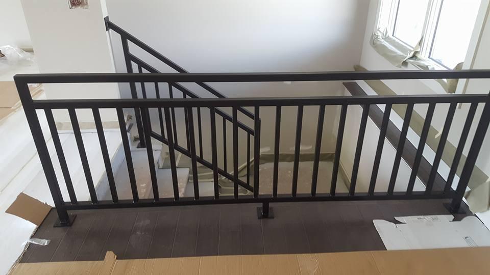 interior_metal_stair_railing
