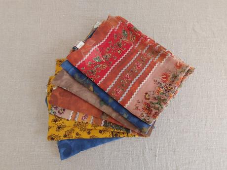 Schal verschiedene Farben