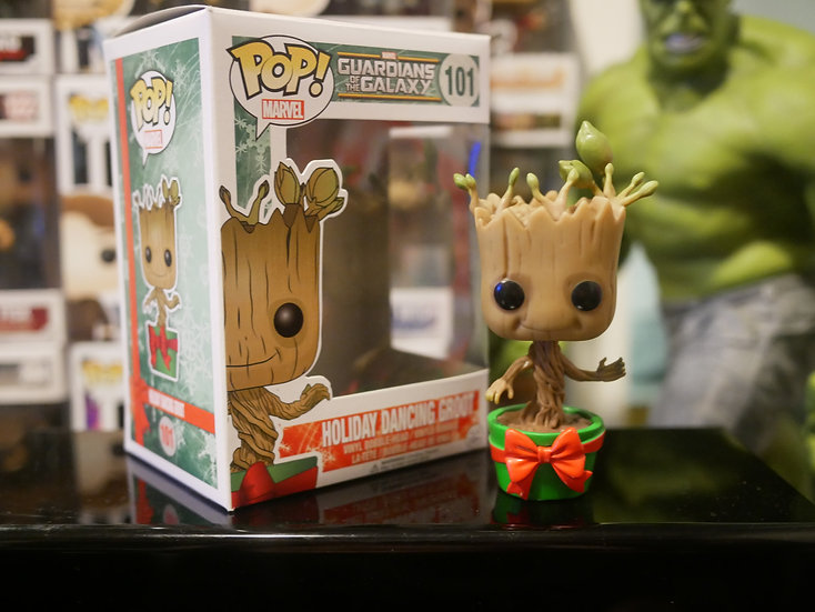 Funko Pop Marvel : GOTG Holiday Dancing Groot M&H