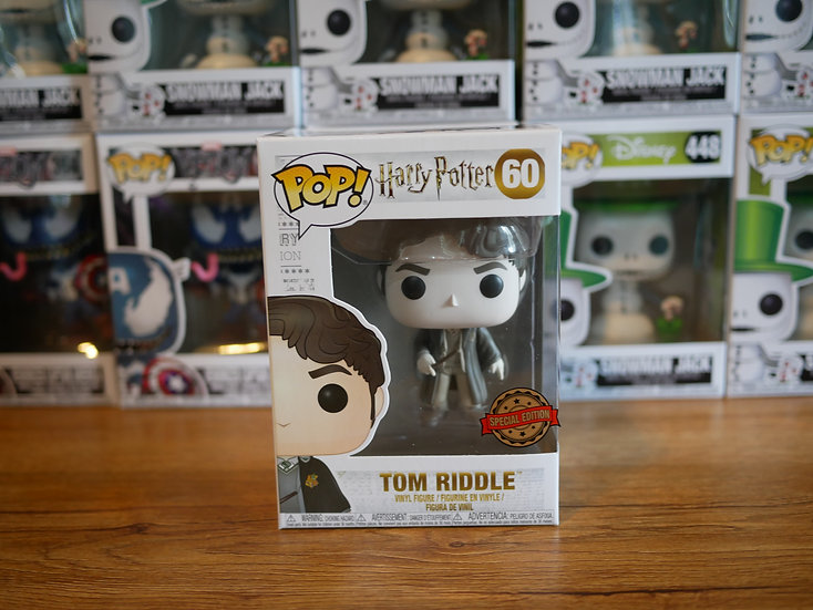 Funko Pop HP: S5- Tom Riddle (B&W) IE