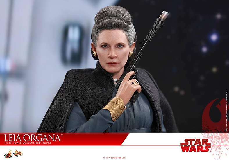 Hot Toys : STAR WARS: THE LAST JEDI - LEIA ORGANA