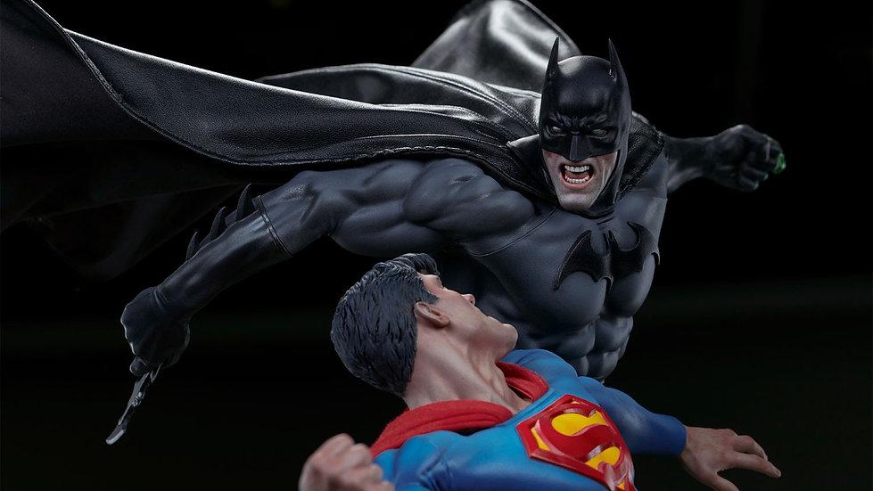 SIDESHOW DIORAMA : BATMAN vs SUPERMAN
