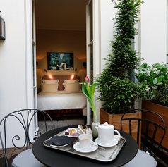 Luxury awaits at the Le Saint Hôtel A Paris