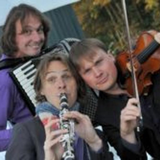 """Klassiek """"Trio C tot de Derde """""""