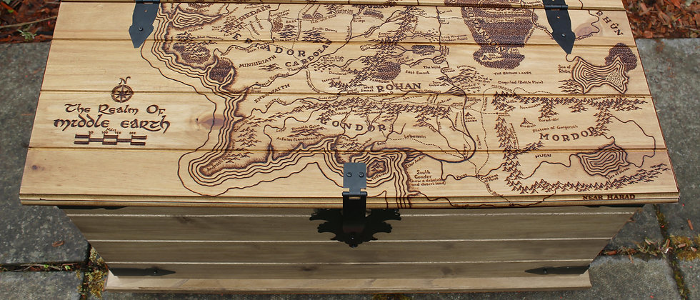 Middle Earth Map Trunk
