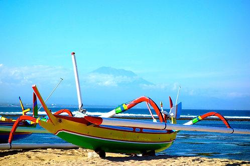 Strand Sanur Boote, Auslegerboote Bali