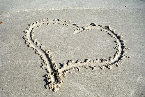 schönstes Sandherz, schönste Strandmalerei, schönstes Herz Bild Herzbild