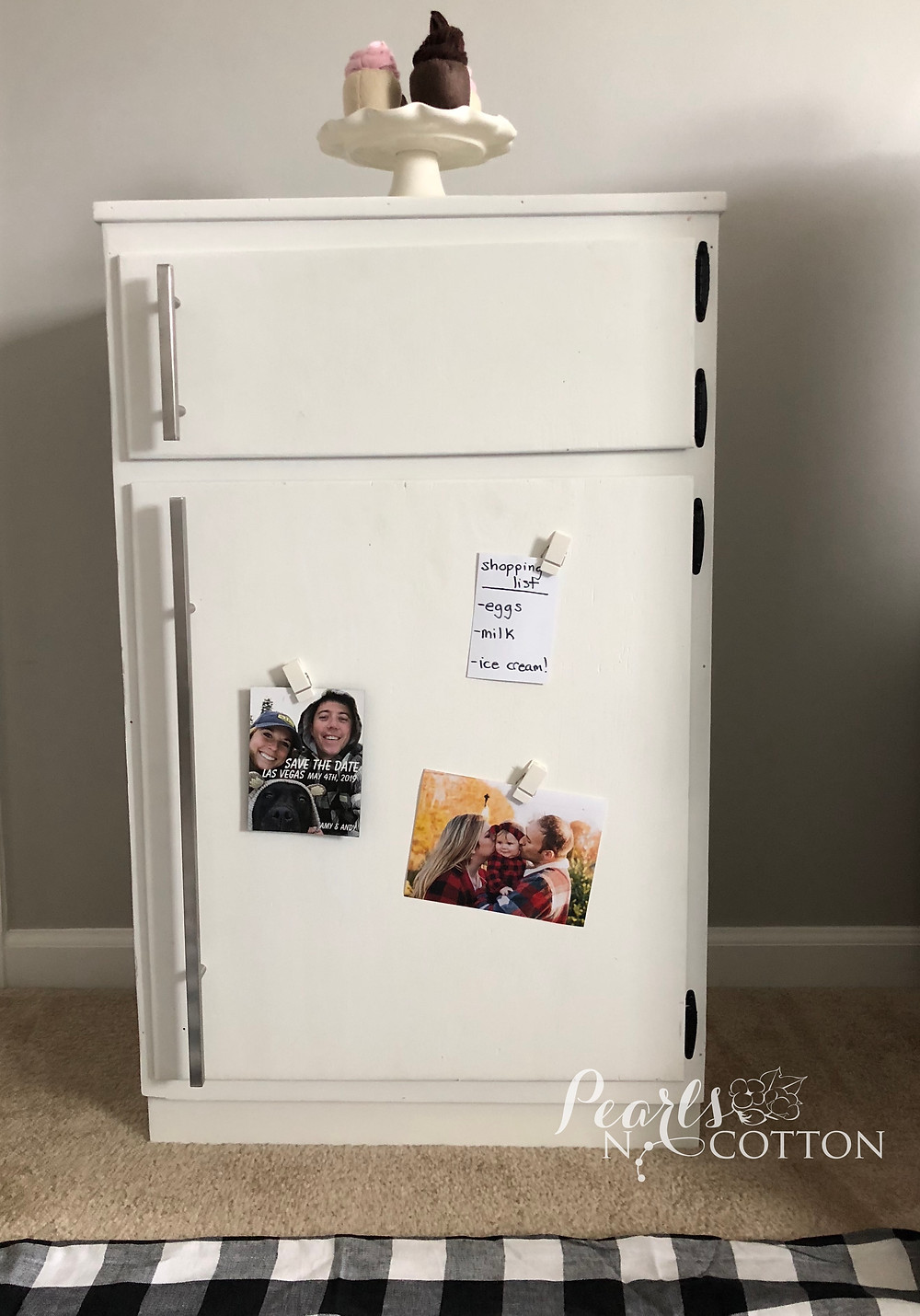 DIY Play Kitchen Fridge