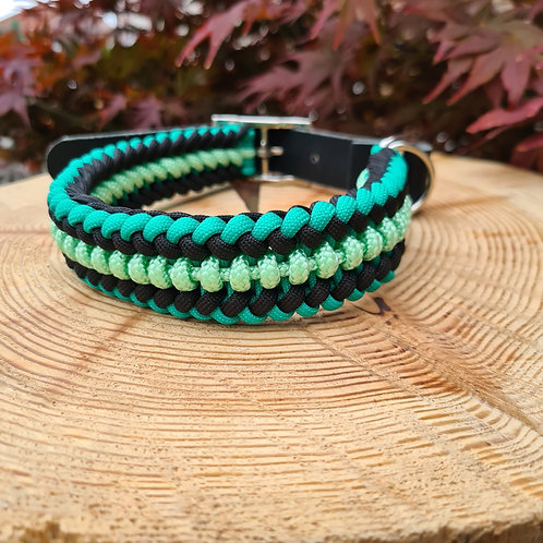 green black and mint paracord collar