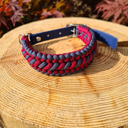 navy and wine paracord and biothane collar