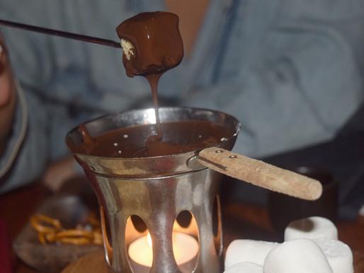 "Adventures in Kekeland: ""Curlfest"" Reunion at Ayza Wine & Chocolate Bar"