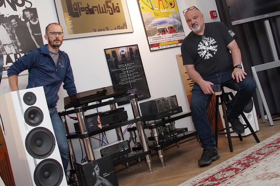 Krzysztof Grabowski z EGG-SHELL i Jerzy Batycki, właściciel Cafe Zadymka i jednocześnie Dyrektor Lotos Jazz Festival Bielska Zadymka Jazzowa