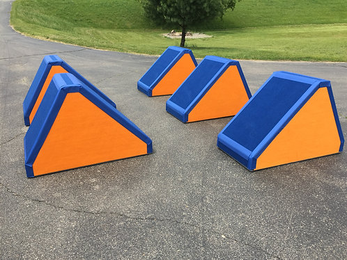 5 Large Quintuple Step Obstacles - Two Colors
