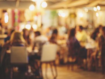 Ресторанам дозволять працювати до 00:00