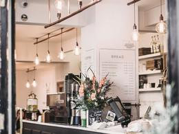 Ресторани й кафе відтепер можуть працювати цілодобово