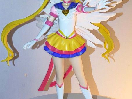 Eternal Sailor Moon Glitter and Glamours