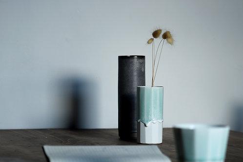 Porcelain vase 3