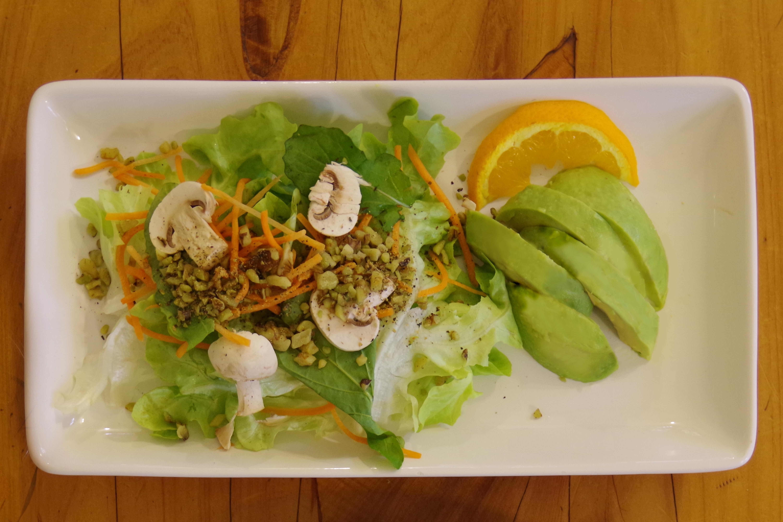 Salad con basil