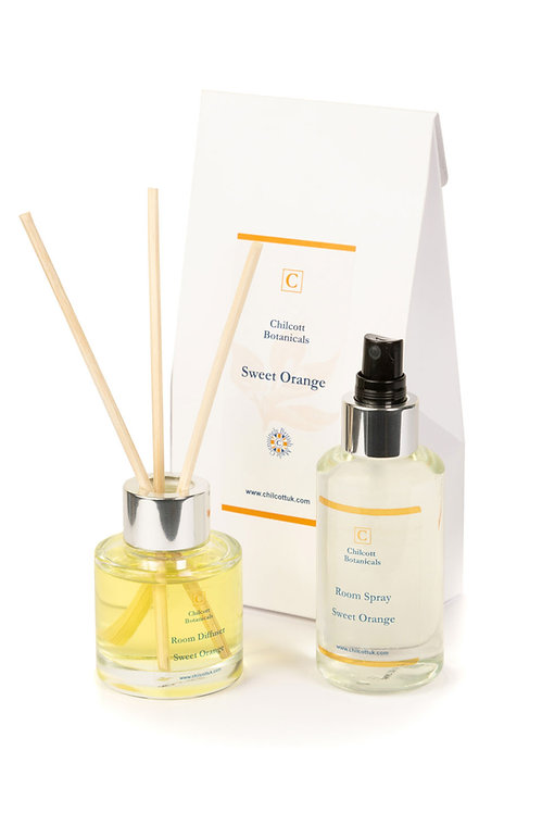 Diffuser and Room Spray Gift Set : Sweet Orange.