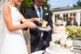 Stable Cottage Cakes - Wedding cakes Sur