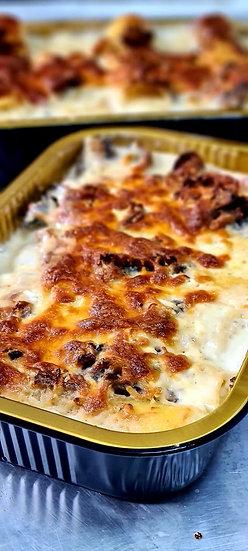 קנלוני במילוי גבינות ורוטב שמנת