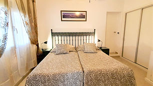 Sol Schlafazimmer unten (4).jpg
