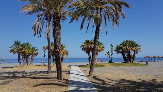 Playa Velilla 1b.jpg