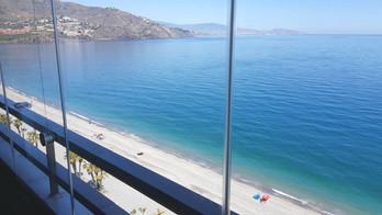 000 Beach 1 Balkon Verglasung (27).jpg