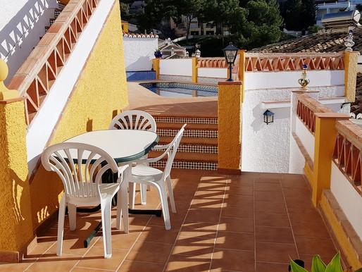 Das Ferienhaus Casa del Sol hat neue Balustraden bekommen