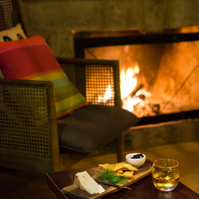 Ololo Lodge-Inside Lounge_Fire_1.jpg