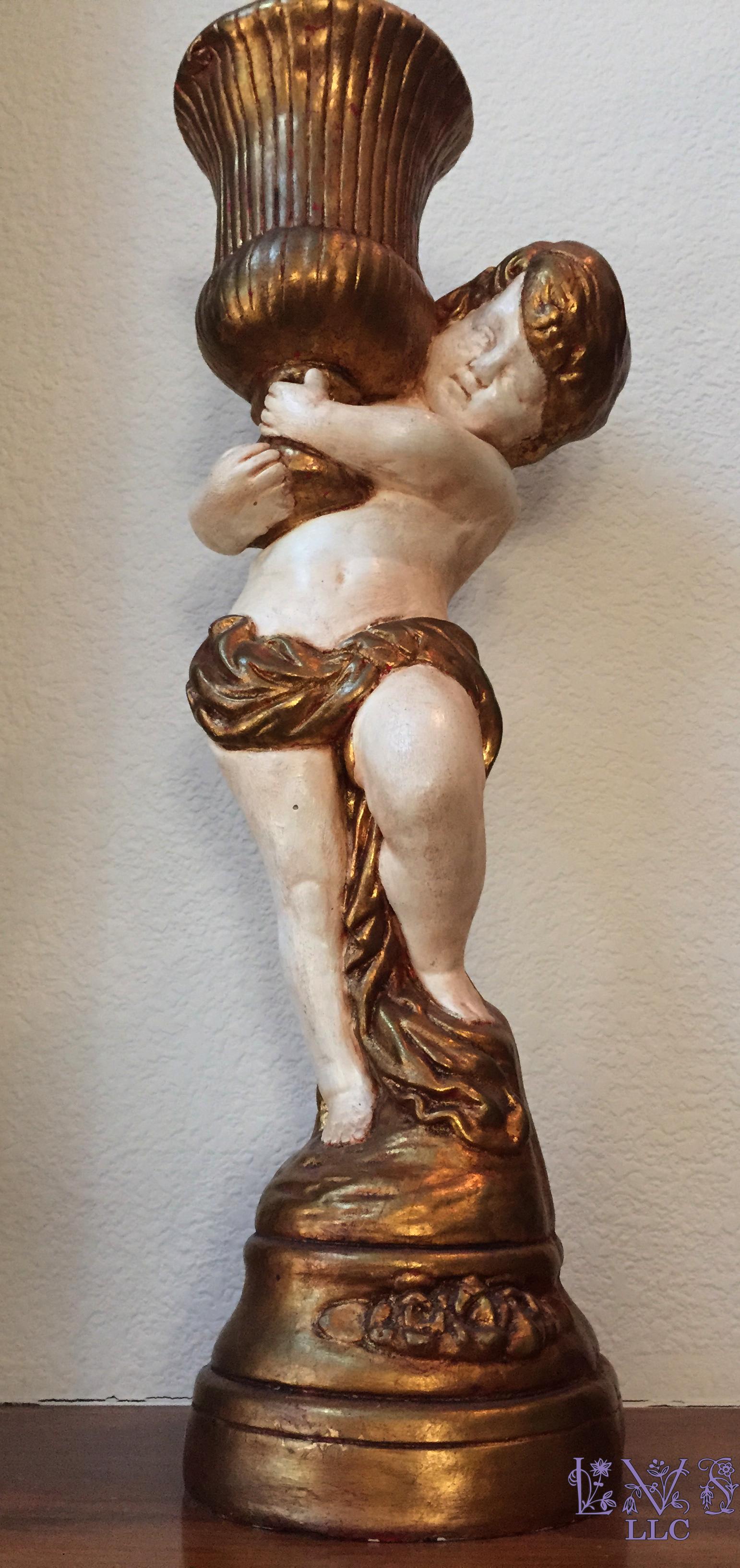150801 Statuette