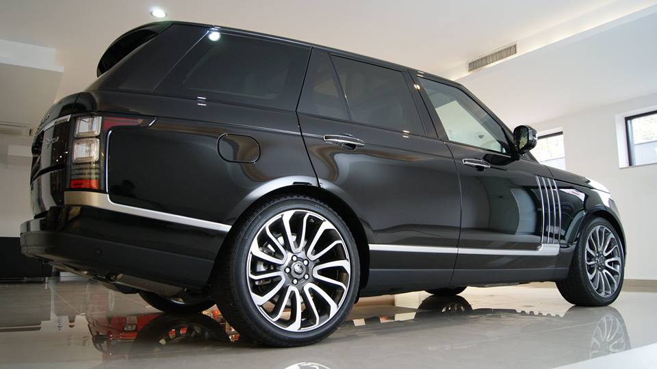 Range Rover SVT