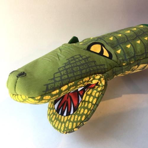 Crocodile mitt