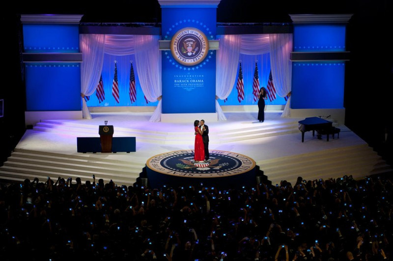 USEBarack_and_Michelle_Obama_dance_at_20
