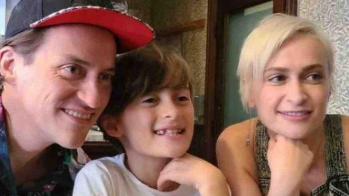 Padre de Halyna Hutchins no culpa al actor Alec Baldwin de la tragedia