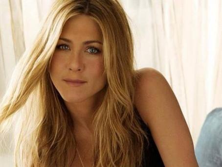 Jennifer Aniston está interesada en la iglesia de la Cienciología