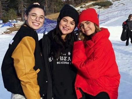 Selena Gomez disfruta de vacaciones tras salir de clínica de salud mental