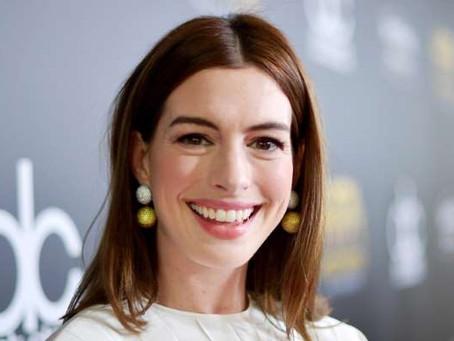 Anne Hathaway dejará de beber alcohol por 18 años