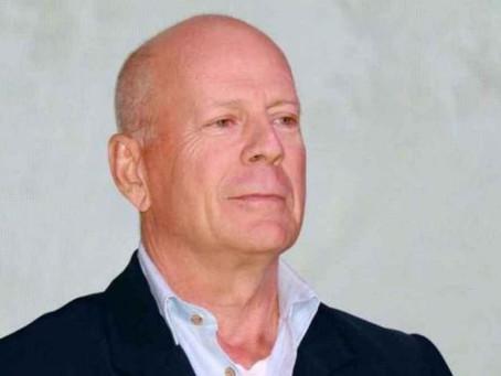 Bruce Willis es echado de negocio por no llevar cubrebocas