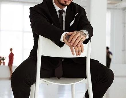 """J Balvin anuncia su nuevo álbum """"José"""" y comparte su nuevo sencillo + video """"Que locura"""""""